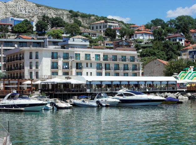 Golf Holiday in the ancient town of Balchik, Hotel Mistral 4*
