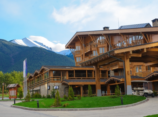 Weekend in the mountains -- Special offer for stay at 5*Pirin Golf Hotel