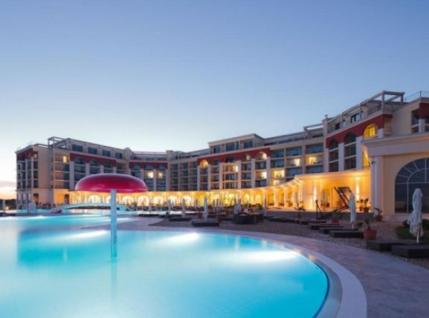 Early Booking 2021: Golf in Bulgaria - 5 nights Unlimited golf Lighthouse Golf & Spa