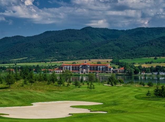 ✈ Flight Inclusive Golf Break in Bulgaria - RIU Hotel (golf bags fly free)