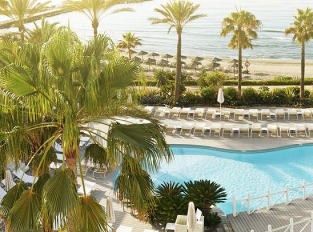 Special golf package - 7 nights and 5 games on 5 courses in Marbella, Spain