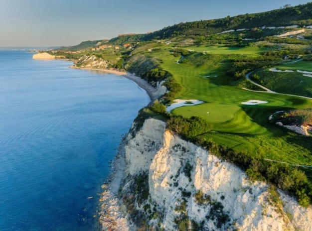 Feel and Enjoy Thracian Cliffs′ experience